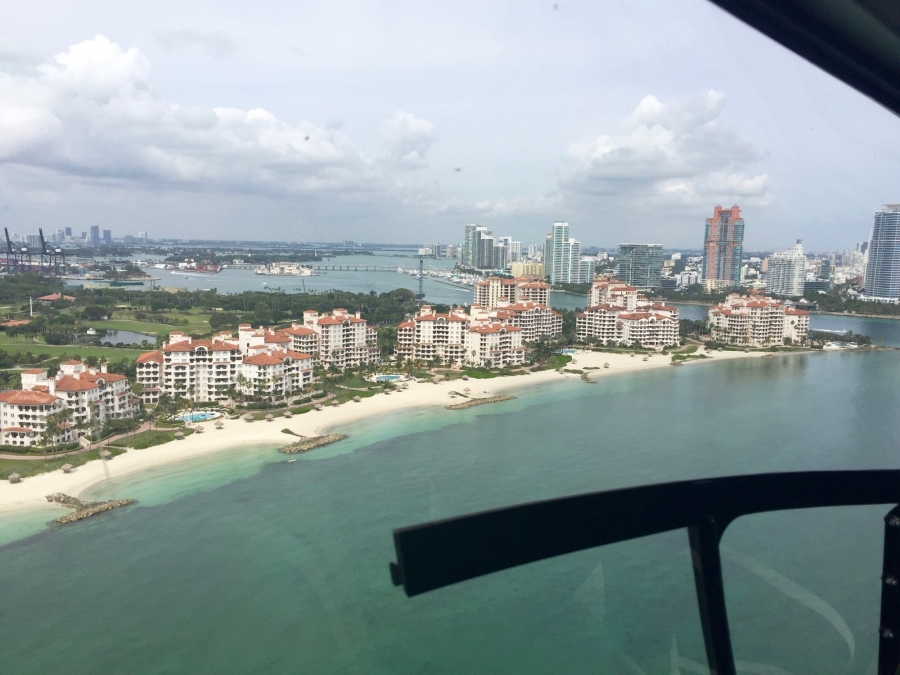 miami-worldcenter-broke-ground-today-celebrated-helicopter-rides-over-miami_8